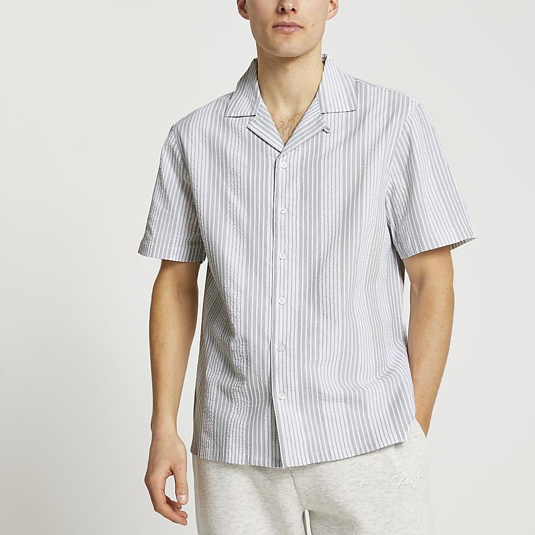 Green short sleeve stripe shirt