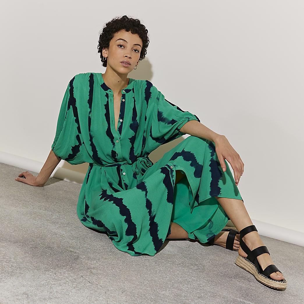 Green short sleeve tie dye midi dress