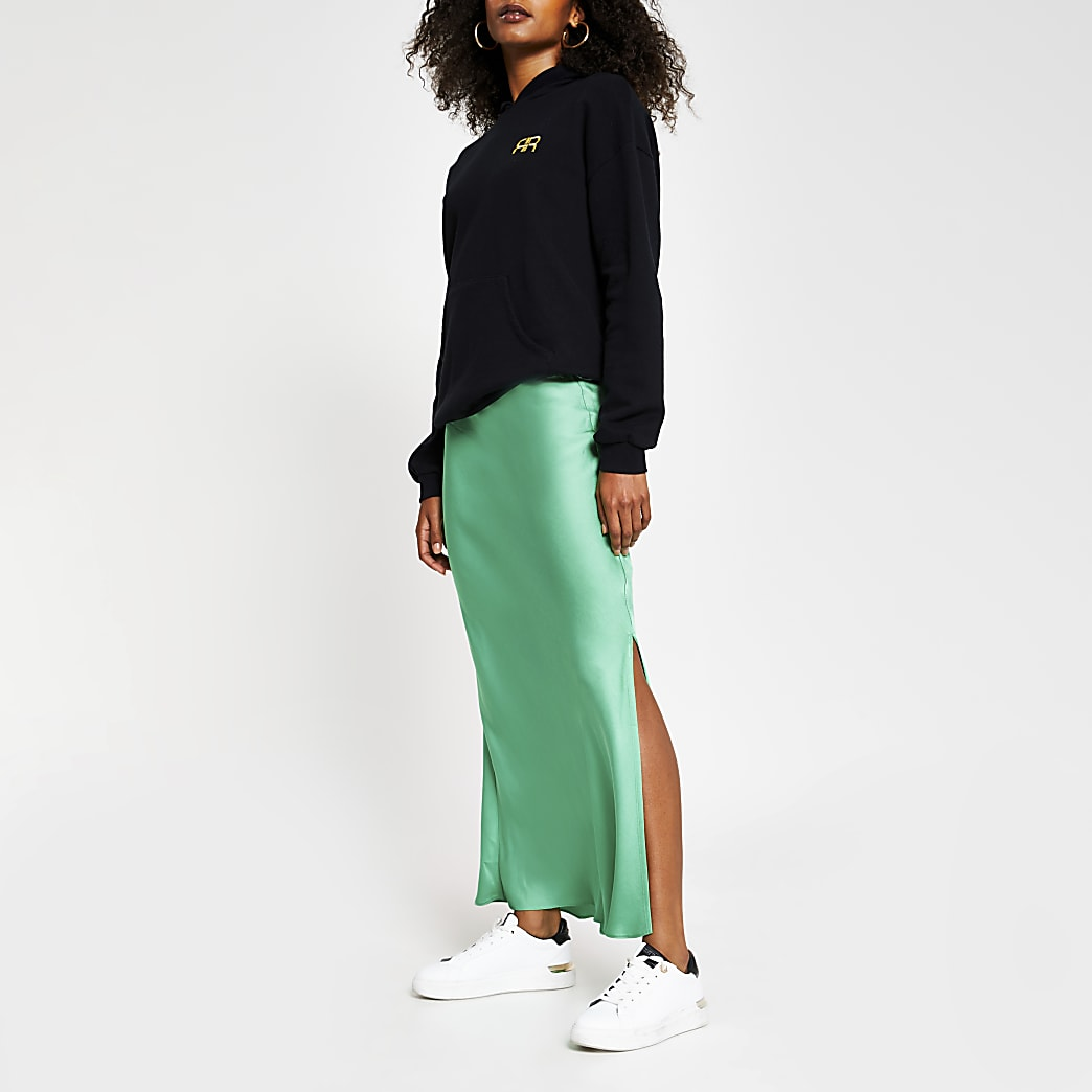 Green side split satin skirt