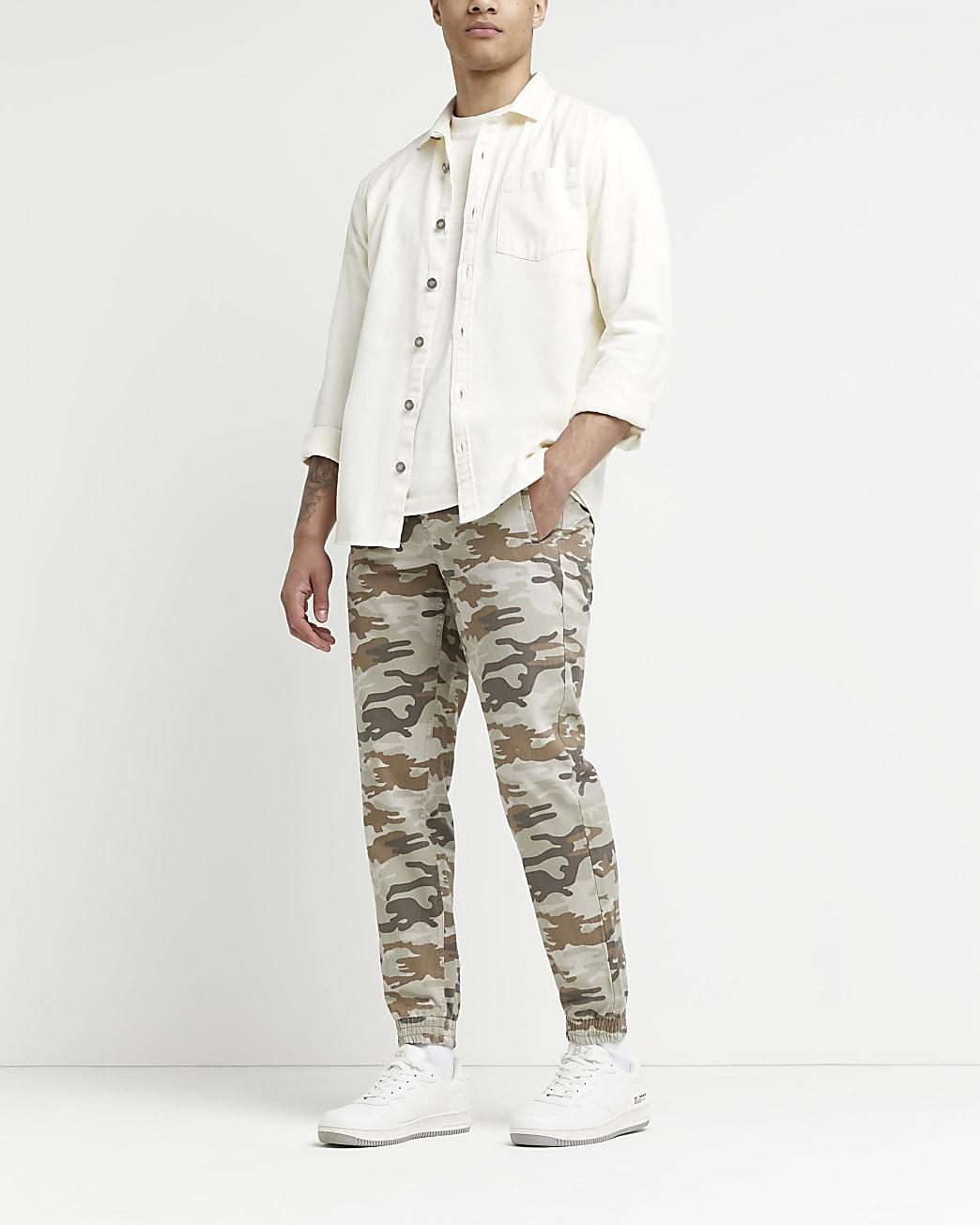 Green skinny fit camo cargo trousers