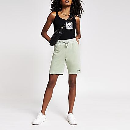 Green slim prolific short