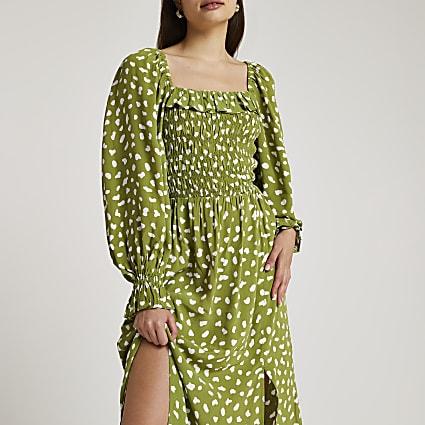 Green spot print shirred midi dress