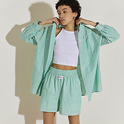 Green stripe oxford shorts