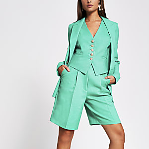 Green tailored bermuda short