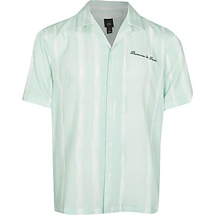 Green tie dye revere short sleeve shirt