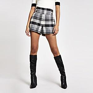 Grijze geruite shorts met hoge taille en knopen voor