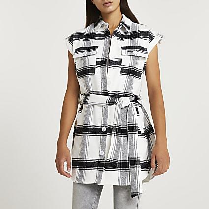 Grey check print belted sleeveless shirt