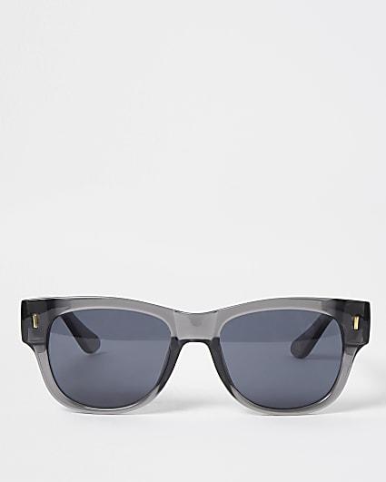 Grey chunky framed retro sunglasses