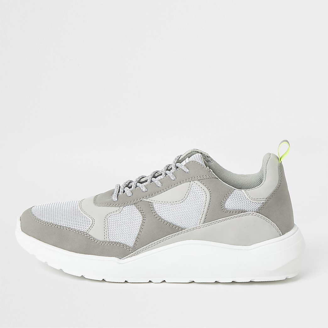 Grey chunky sole runner trainers