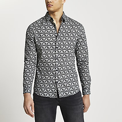 Grey Geometric print muscle fit shirt