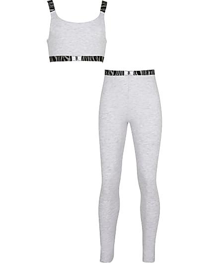 Grey girls animal print leggings outfit