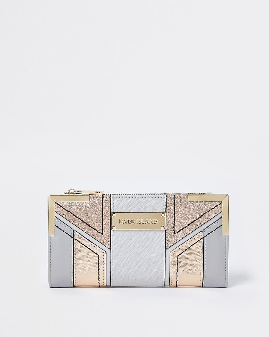 Grey glitter cut out purse