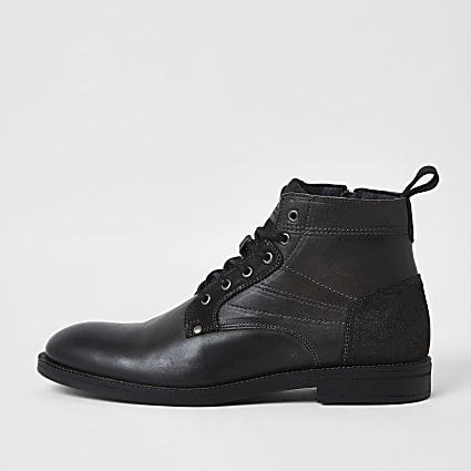 Grey leather lace up chukka boots