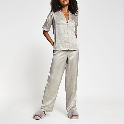 Grey long sleeve jacquard pyjamas set