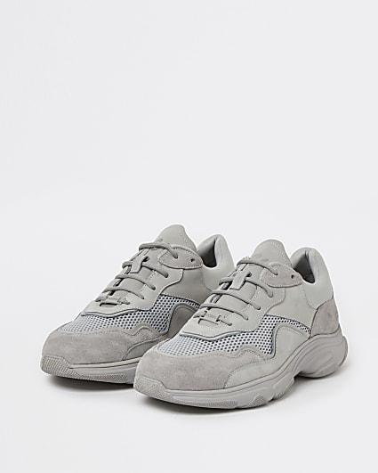 Grey NUSHU chunky runner trainers