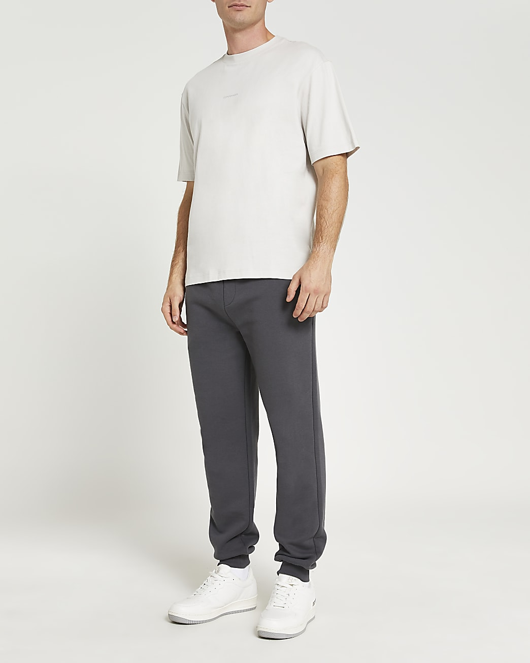 Grey oversized fit graphic t-shirt