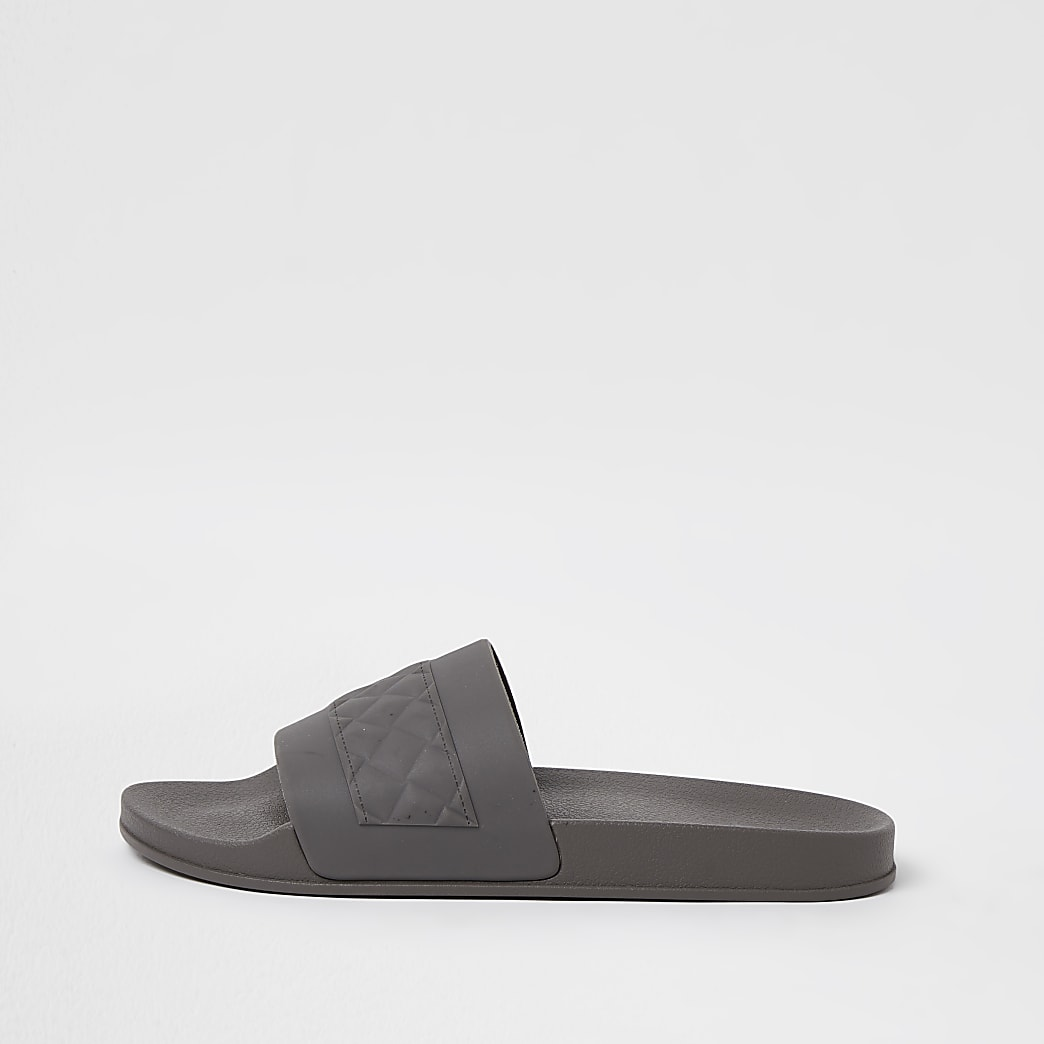 Grey quilted detail sliders