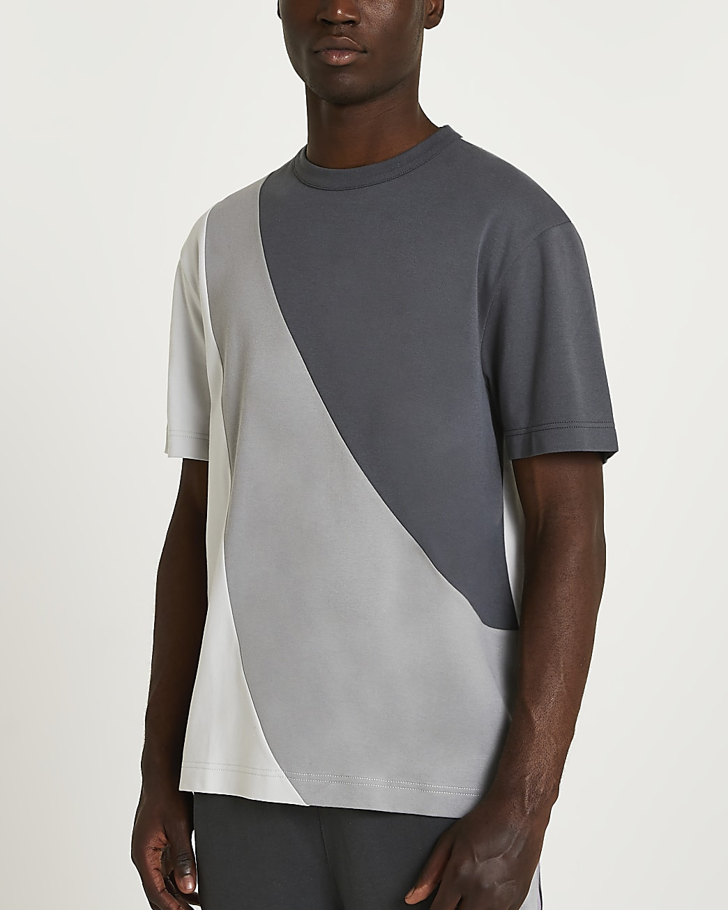 Grey regular fit curved colour block t-shirt