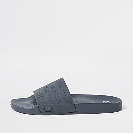 Grey 'RR' monogram embossed sliders