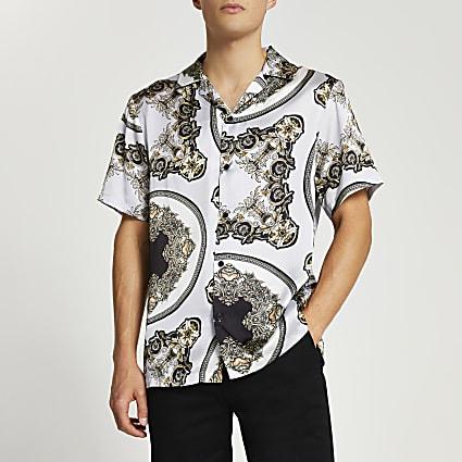 Grey scarf print short sleeve revere shirt