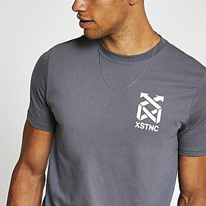 Grey slim fit chest print T-shirt