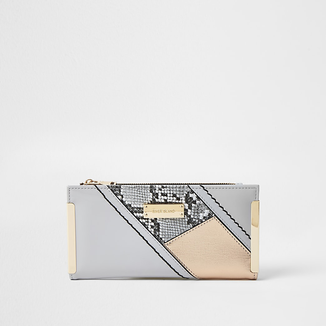 Grey snake print colour block clip purse