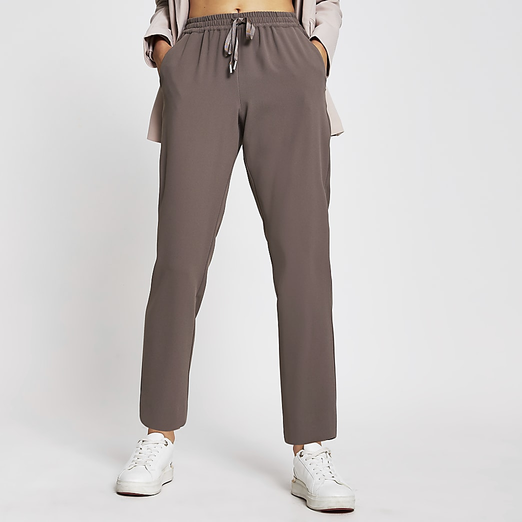 Grey tailored crepe joggers