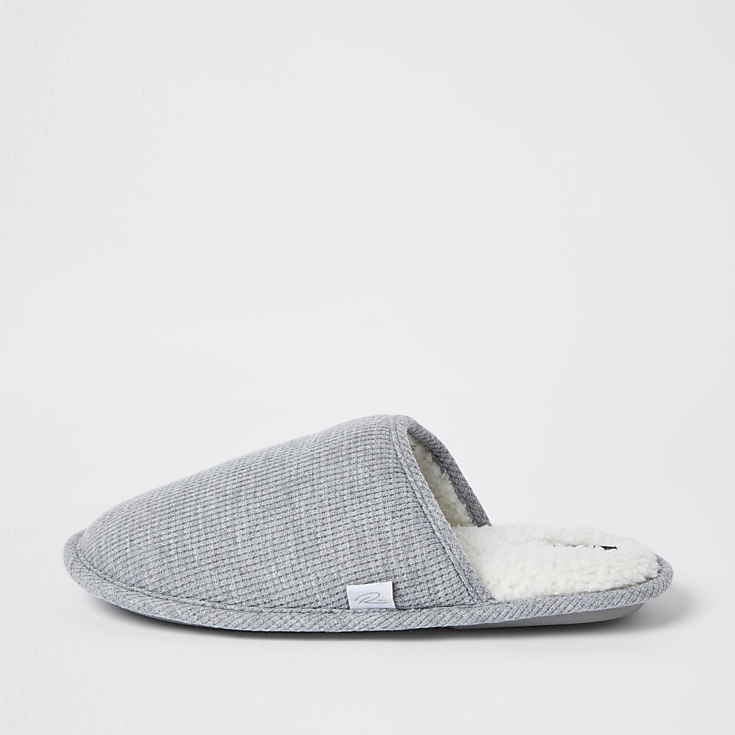 Grey waffle mule slipper