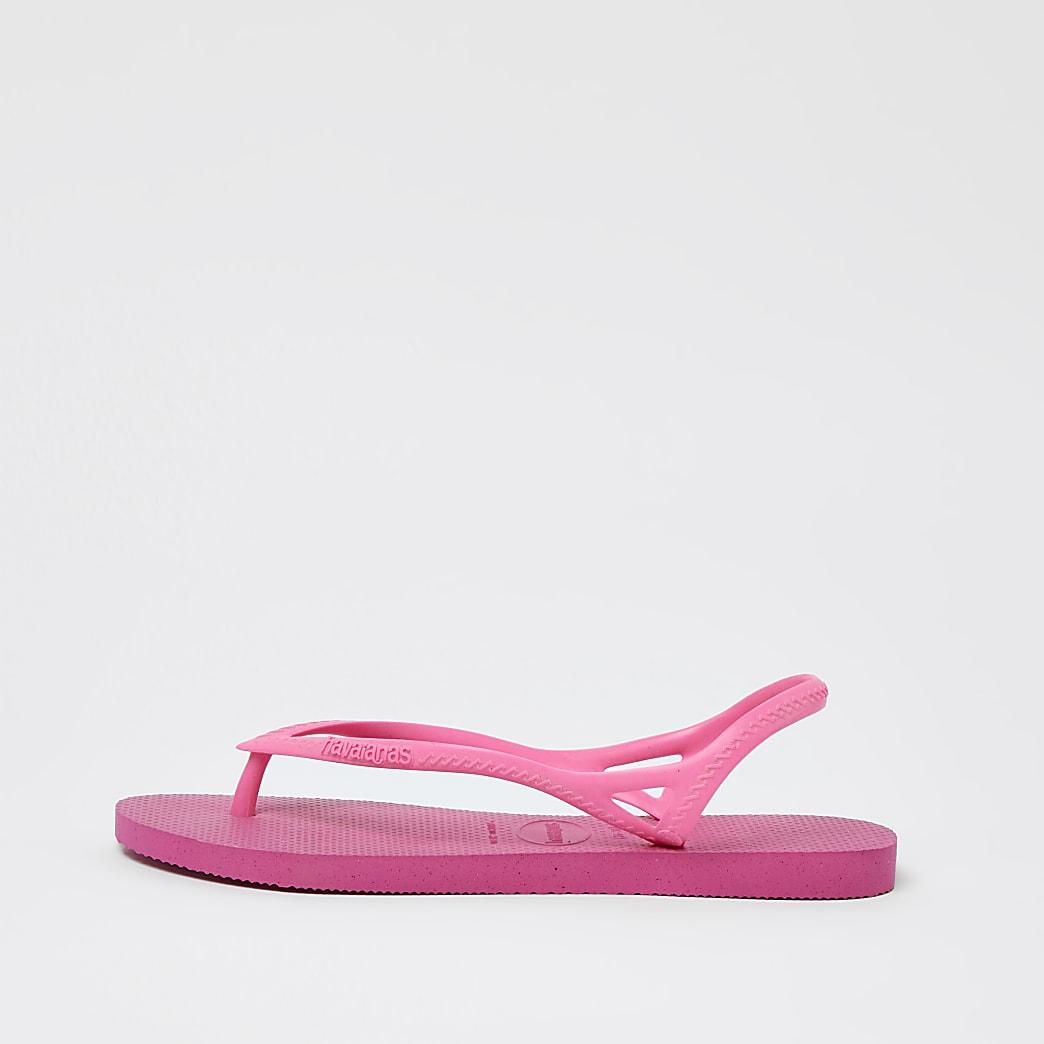 Havaiana pink flip flops