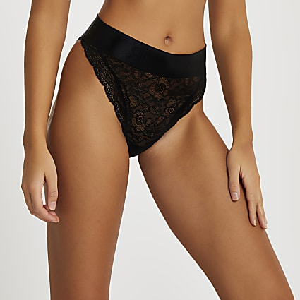 Intimates black lace RI knickers