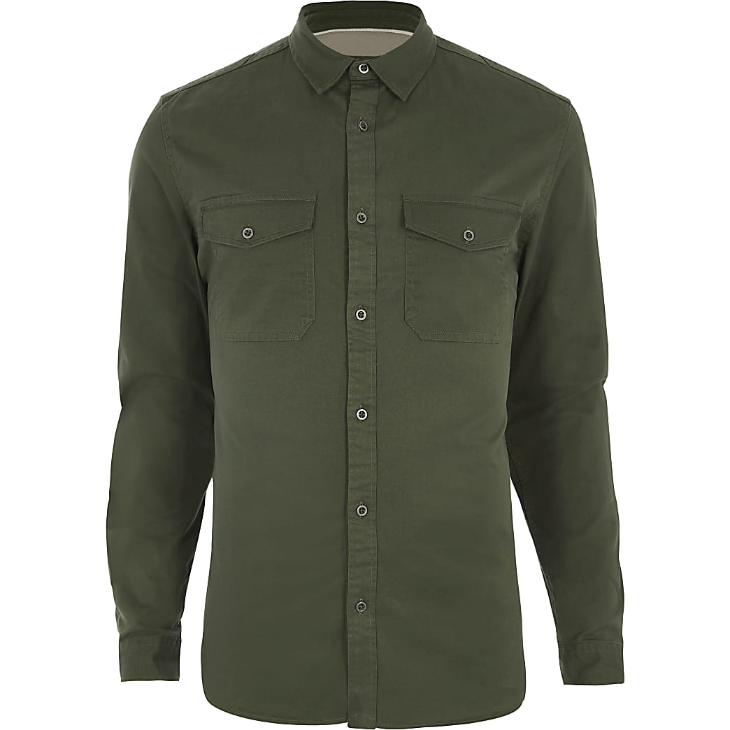 Kakigroen aansluitend overhemd in legerlook