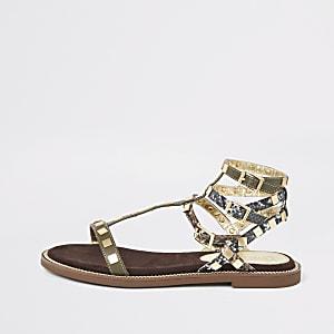 Kaki sandalen met studs