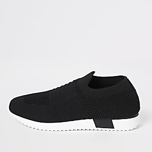 Kids black knit runner trainers