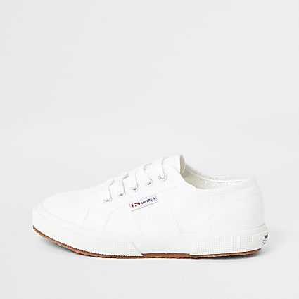 Kids Superga white lace-up plimsolls