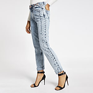 Hellblaue Mom-Jeans mit hohem Bund im Acid-Washed-Look