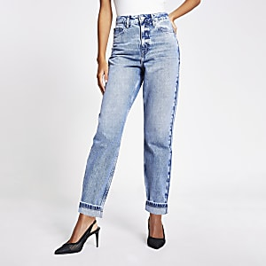 Carrie – Hellblaue High-Rise Mom-Jeans