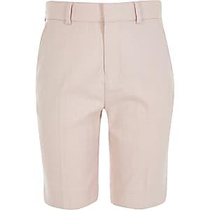 Passgenaue, elegante Shorts in Hellrosa