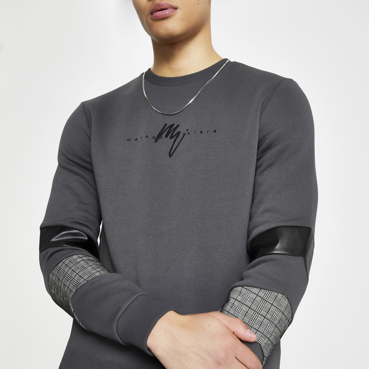 Maison Riviera – Sweat gris colour blocked