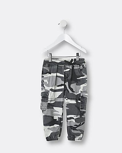 Mini boys black camo cargo trousers