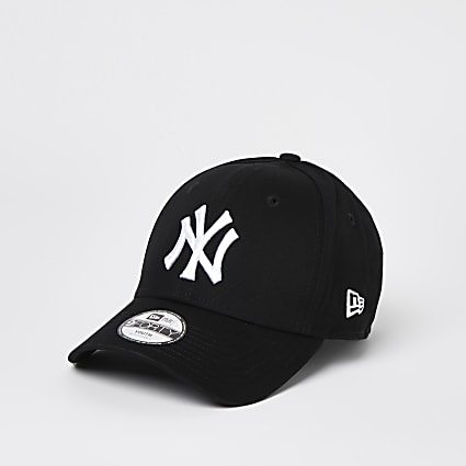 Mini boys black New Era NY cap