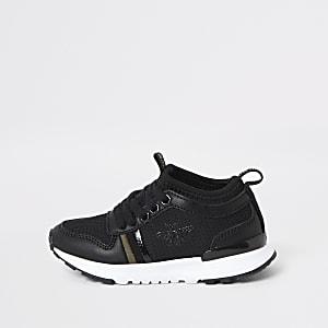 Schwarze Laufschuhe