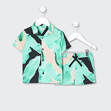 Mini boys green tropical shirt outfit