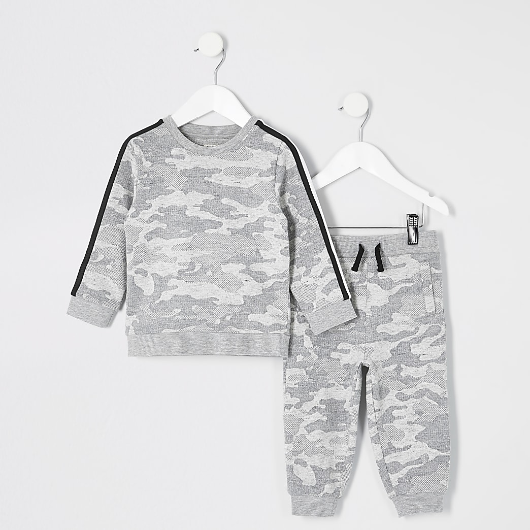 Mini - Outfit met grijs sweatshirt en camouflageprint voor jongens