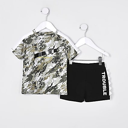 Mini boys khaki camo t-shirt outfit