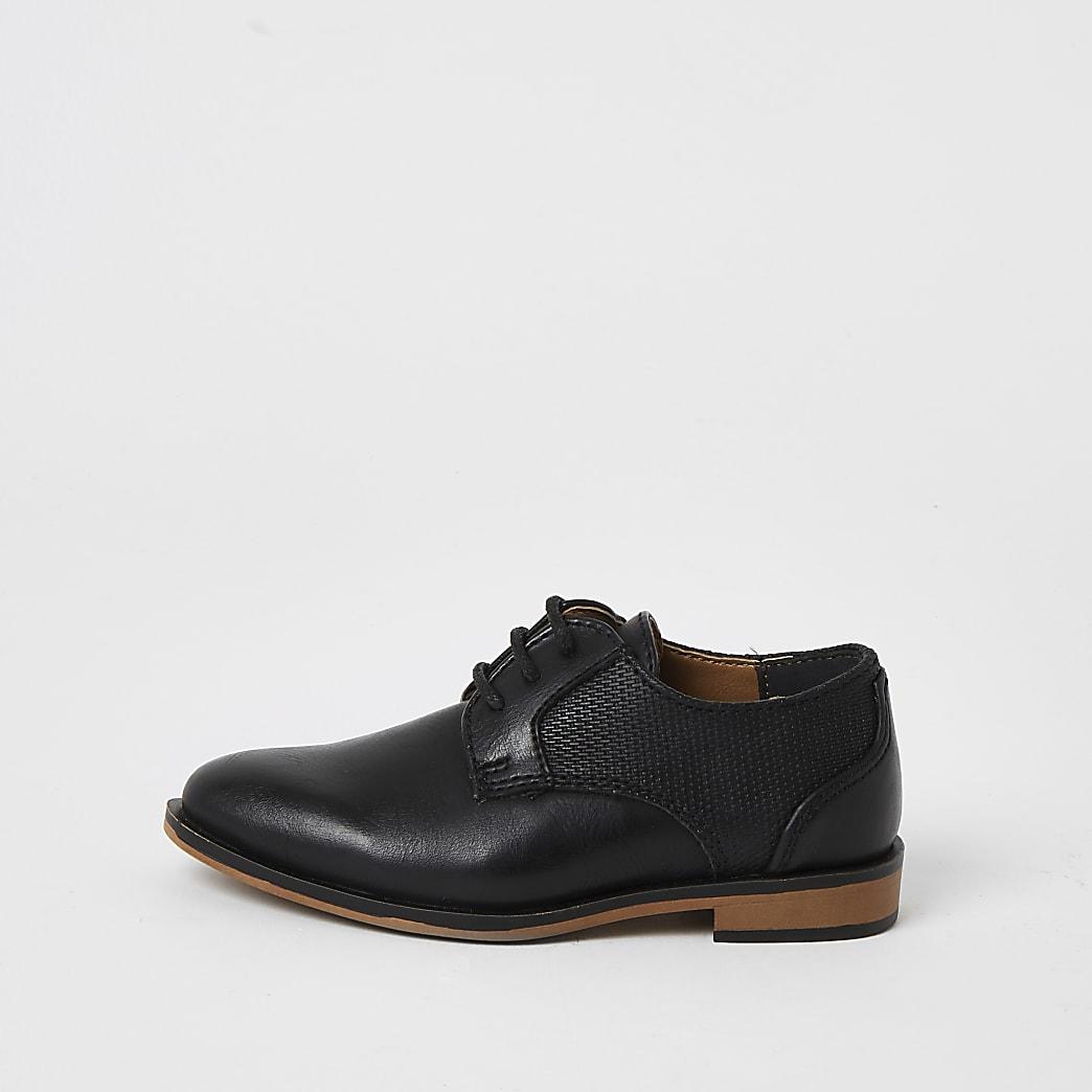 Mini - schoenen met vetersluiting en puntneus voor jongens