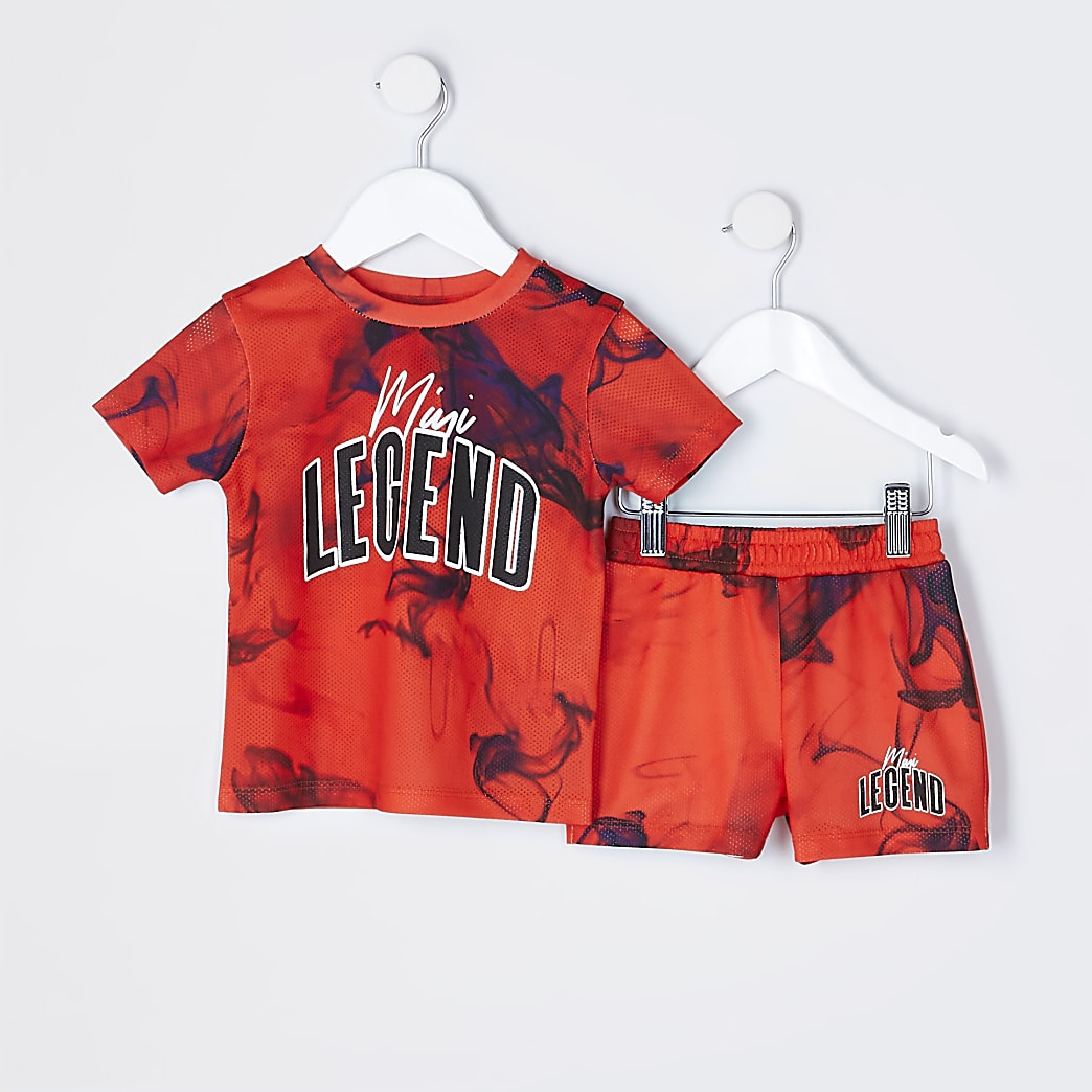 Mini boys red short outfit