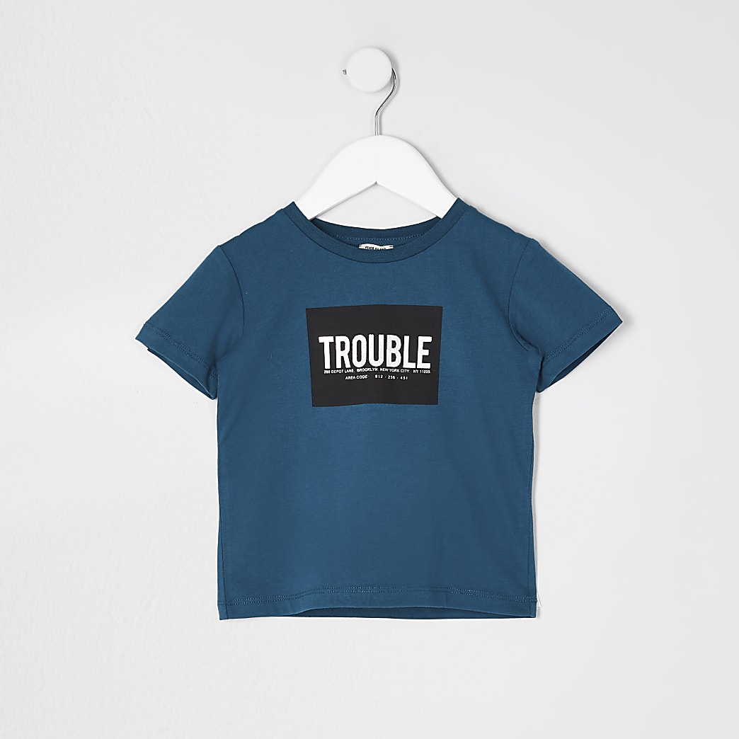 Mini boys teal 'Trouble' box print t-shirt
