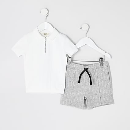 Mini boys white knitted polo shirt outfit