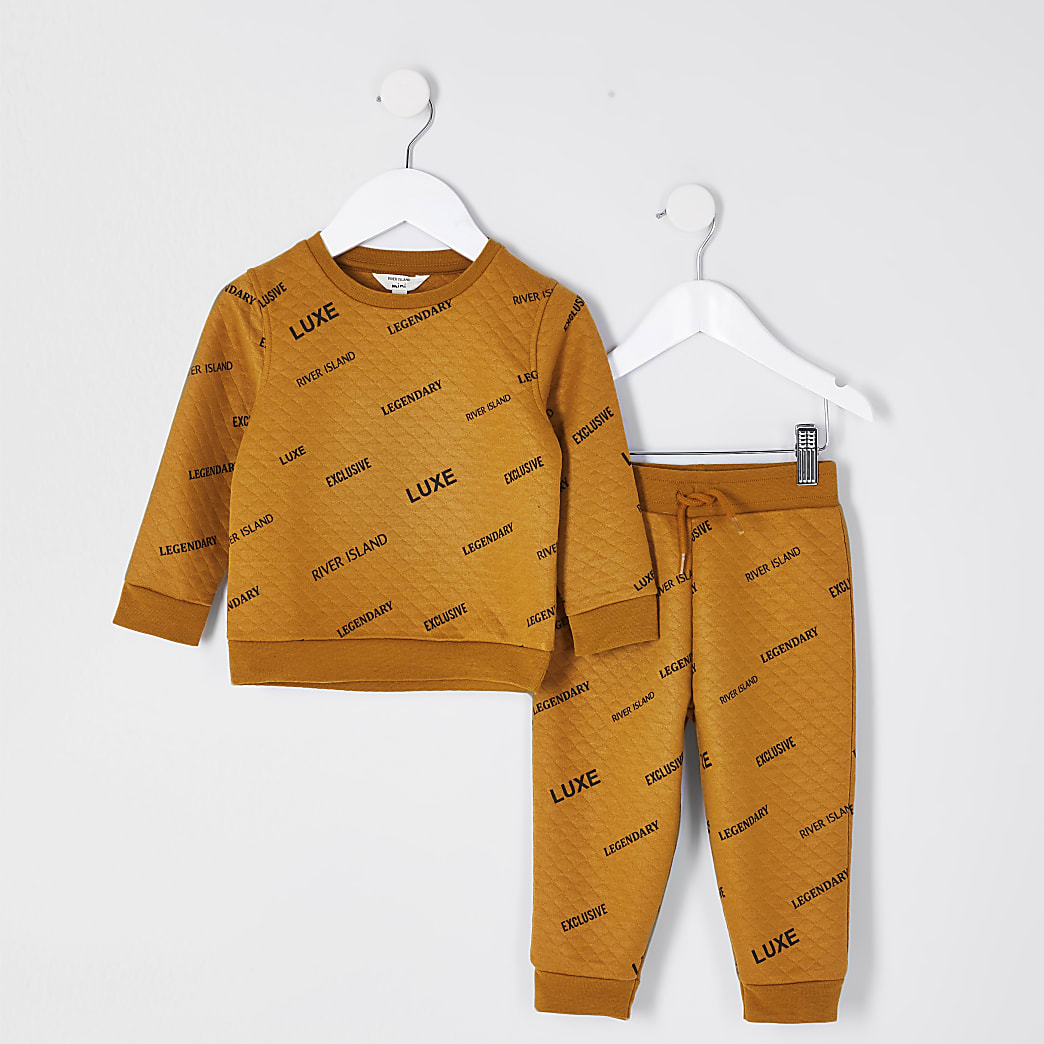 Mini boys yellow printed quilted outfit