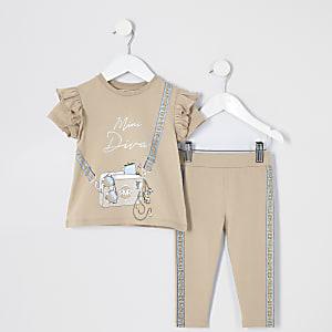 Mini – RI– Beiges T-Shirt-Outfit mit Taschen-Print